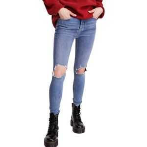 NEW Free People high waisted skinny jeans w. Holes